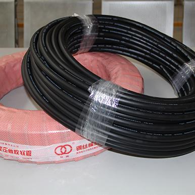 Type 906 A SAE 100RAT/EN853 SN Hydraulic Rubber Hose